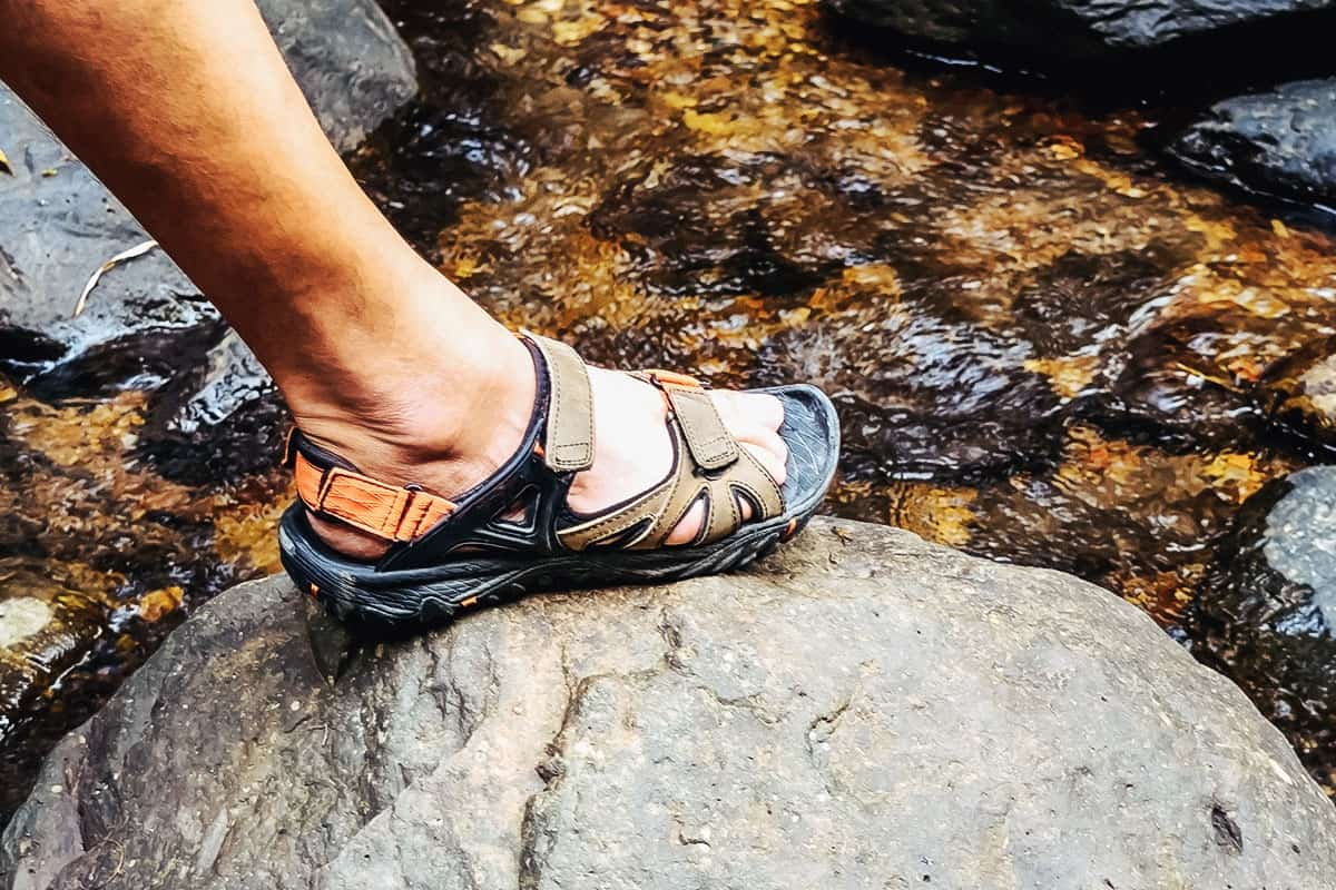 Best Chacos for Hiking of 2021 (Guide & Reviews)