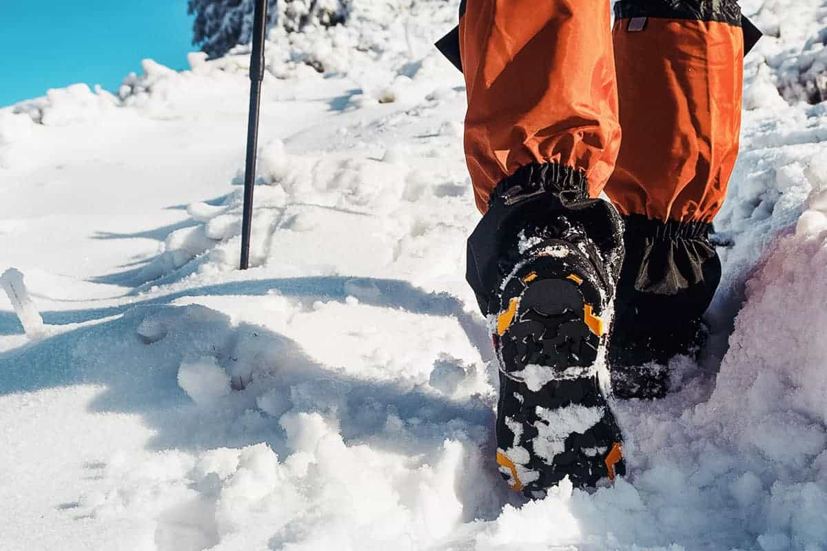 Best Cold Weather Socks of 2021 (Guide & Reviews)