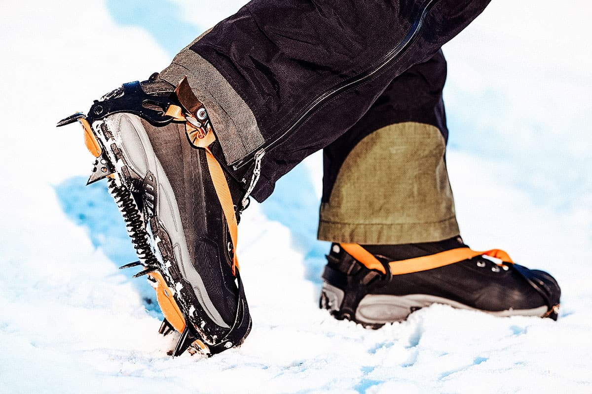 Best Crampons for Hiking of 2021 (Guide & Reviews)