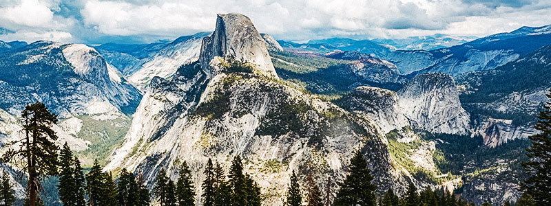 Panoramic view of the Half Dome at the eastern end of Yosemite Valley