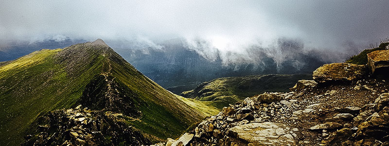 Panoramic view of the Striding Edge and Swirral Edge of the Lake District